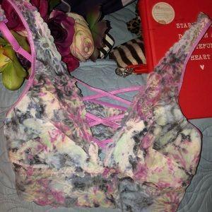 Vs pink lace strappy bralette, nwot, medium